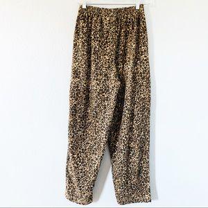 Vintage High Waisted  Leopard Print Pants Sz Med